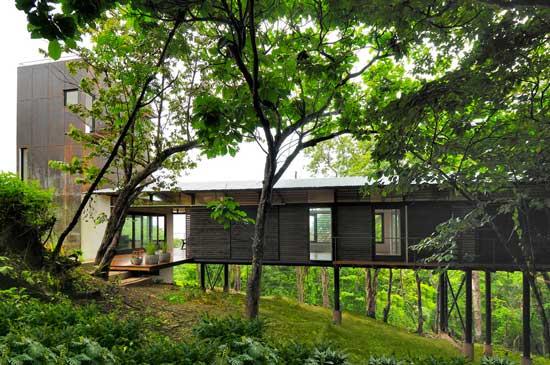 28 INSPIRING MODERN HOUSE DESIGNS