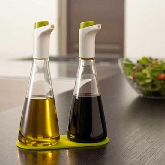 oil and vinegar dispenser creative design