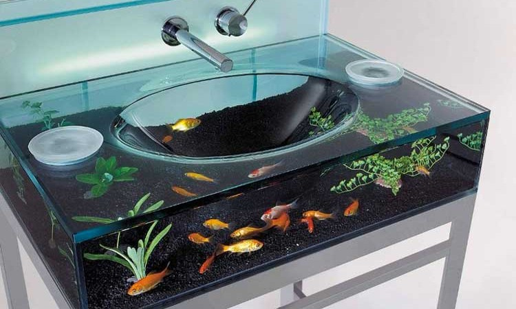 Moody Aquarium Sink with fish on the inside