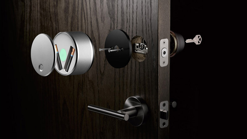 inside view of the August Smart Lock parts