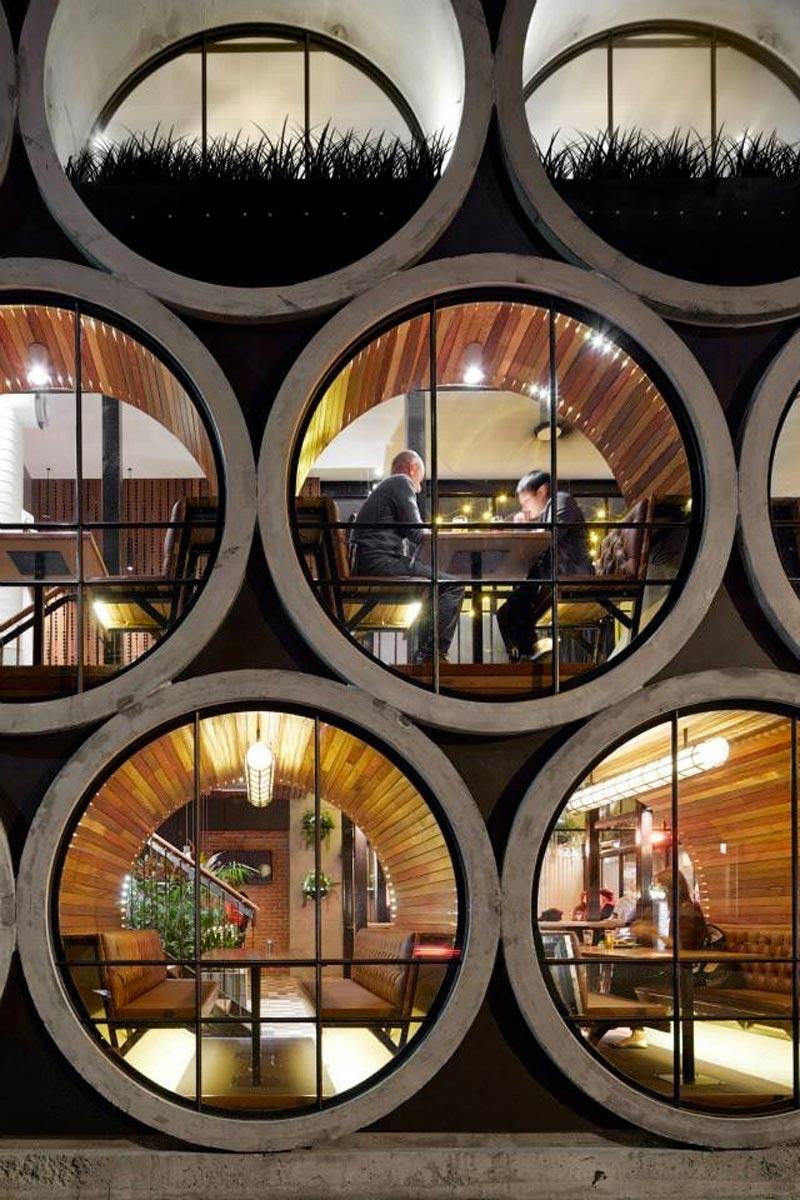 pipe windows of Prahran Hotel in Victoria