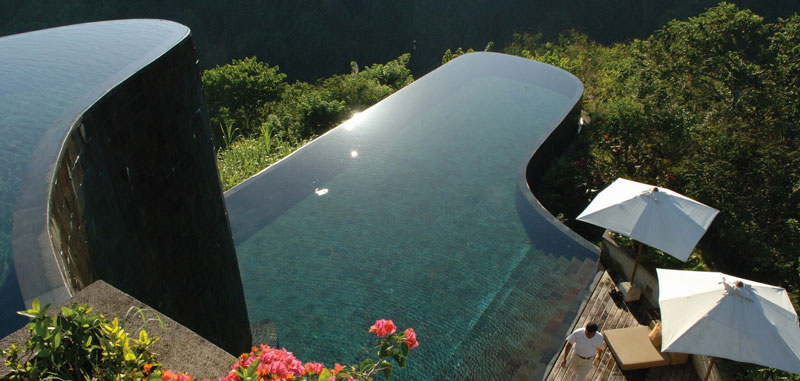 Infinity pool at the Ubud Hanging Gardens
