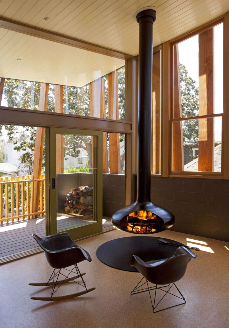 Suspended fireplace at the Smith Clementi Residence by Rios Clementi Hale Studios