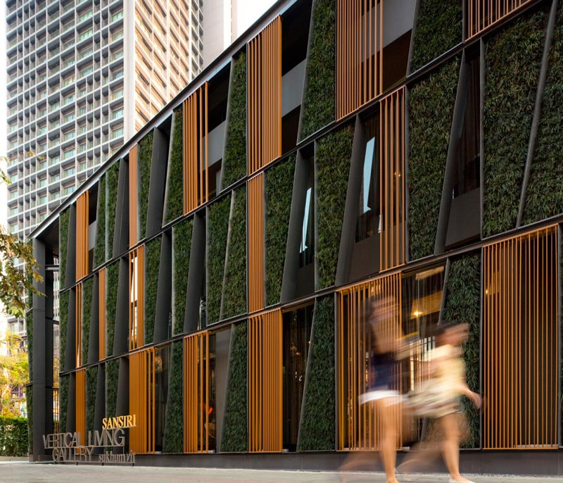 Street view of the Vertical Living Gallery by Sansiri and Shma in Bangkok