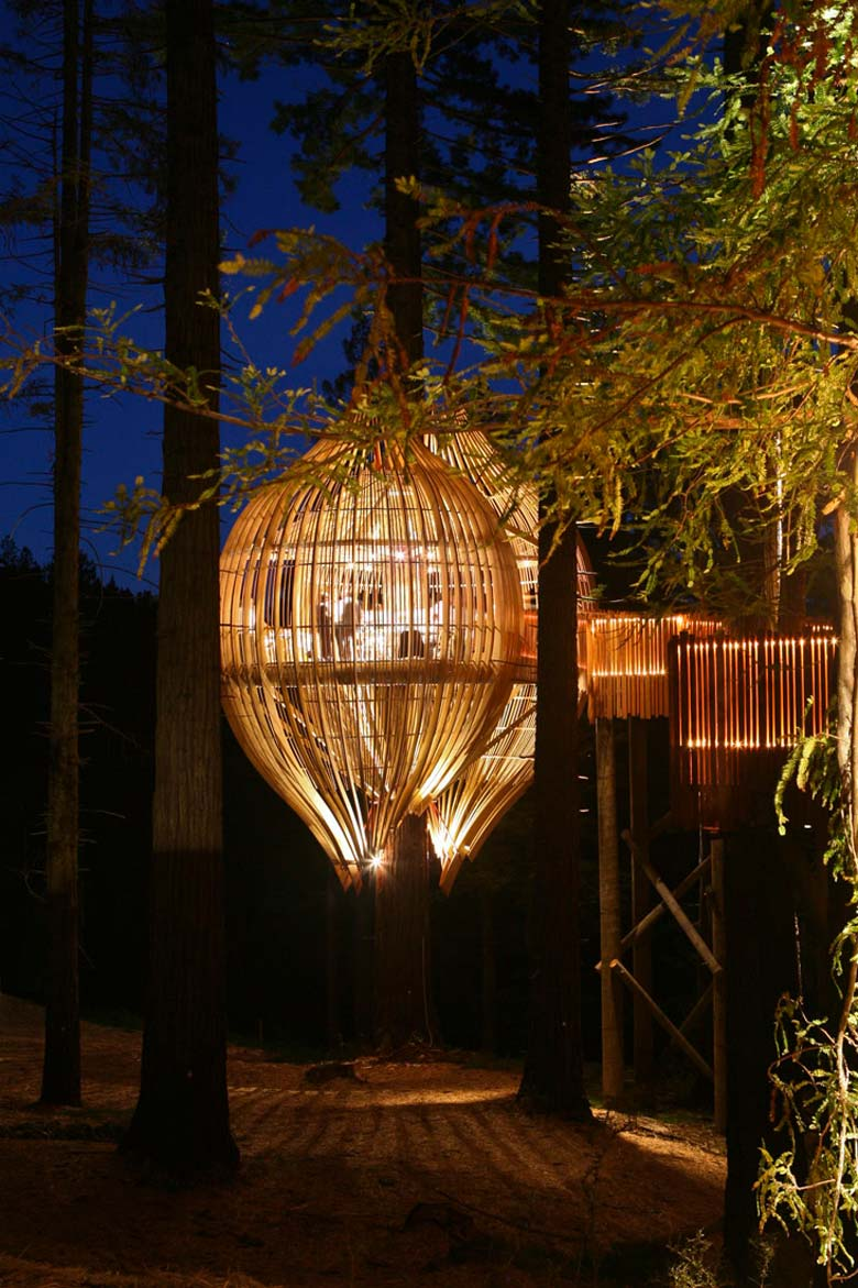 Yellow Treehouse Restaurant In Auckland New Zealand