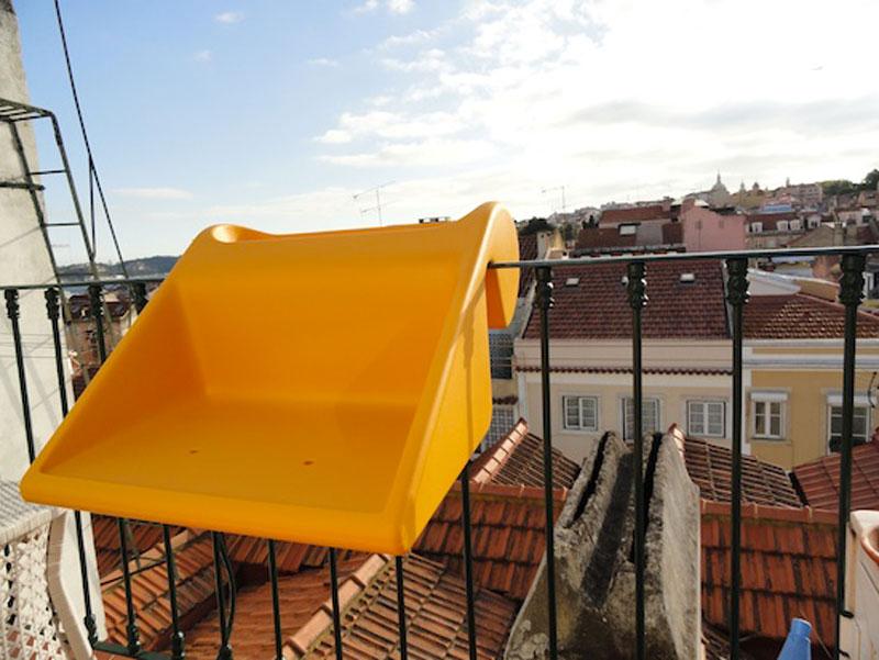 Yellow balKonzept Balcony Desk