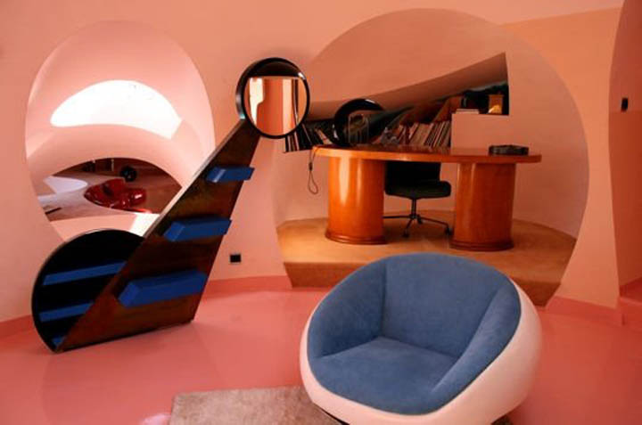 Interior design of a room at the palais bulles, palace of bubbles Pierre Cardin house by antti lovag in Cannes