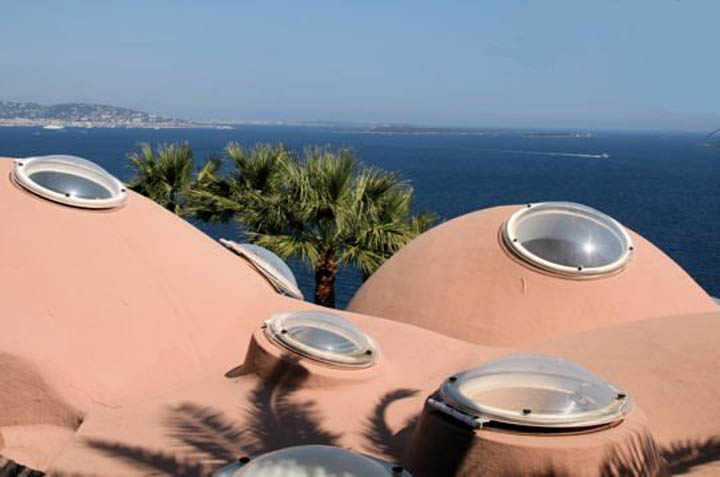 Architecture of the roof at palais bulles, palace of bubbles Pierre Cardin house by antti lovag in Cannes