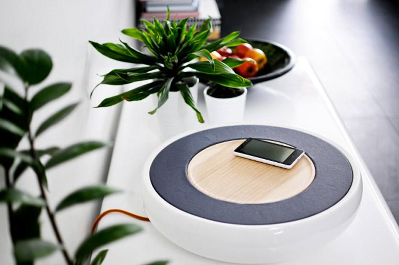 Ceramic Speaker for Smartphones by Victor Johansson