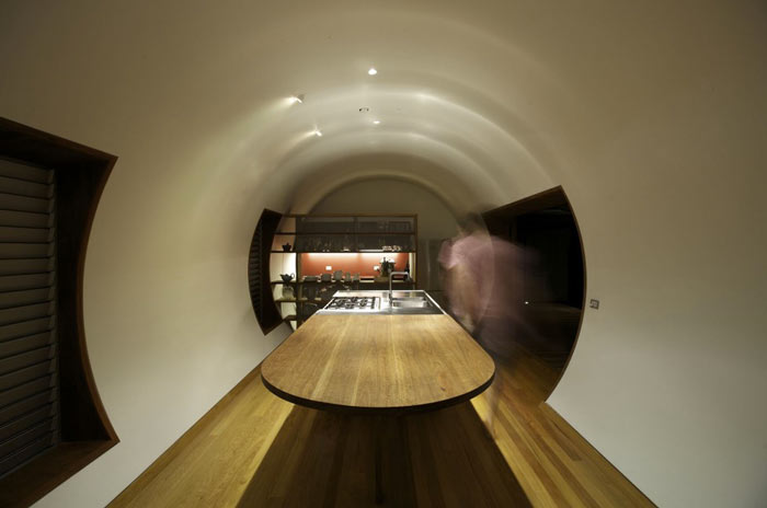 Interior design of the Drew House by Simon Hills of Anthill Constructions