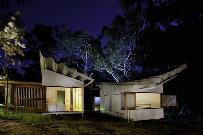 Architecture of the Drew House by Simon Hills of Anthill Constructions