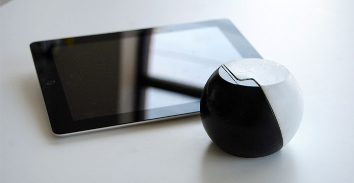 Opus iPhone and  iPad Sound Amplifier Stand 5