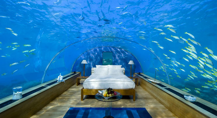 Poseidon Undersea Resort in Fiji on Jebiga