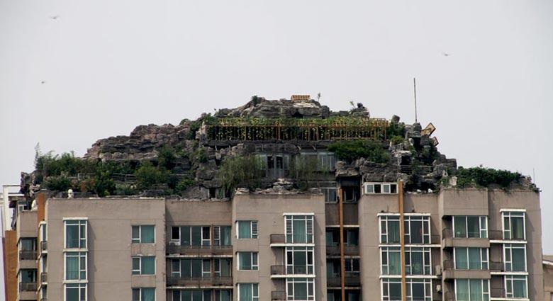 Bejing illegal rooftop mountain villa hi-rise on Jebiga