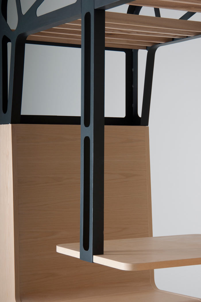 Wooden seats of the Il Treno Dining Unit by Tjep