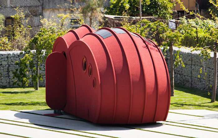 Architecture of the Shelter ByGG Portable Accommodation by Gabriela Gomes