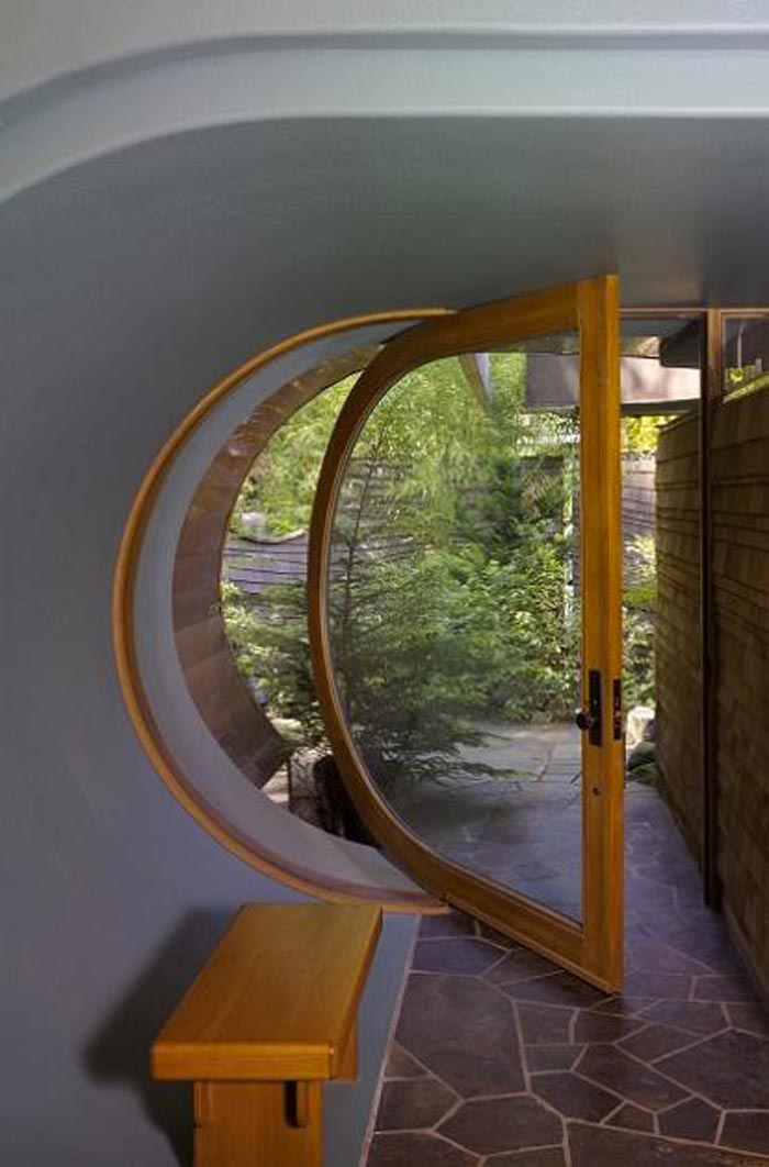 Landscape Glass Portland Oregon : Wooden and glass door at a treehouse mansion in portland oregon