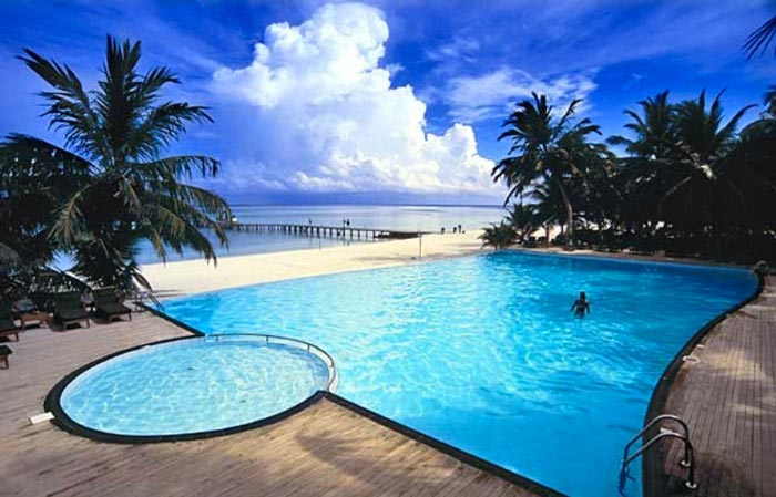 If you want superb luxury in tranquil settings search no longer club