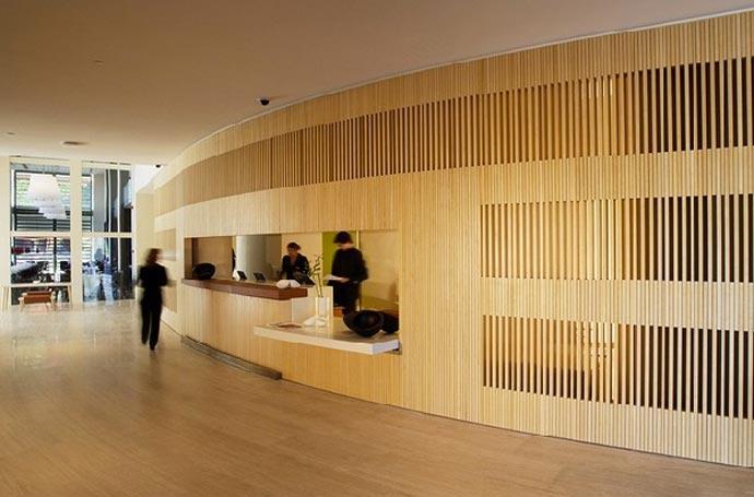 Hotel puerta america madrid for Design hotel 12