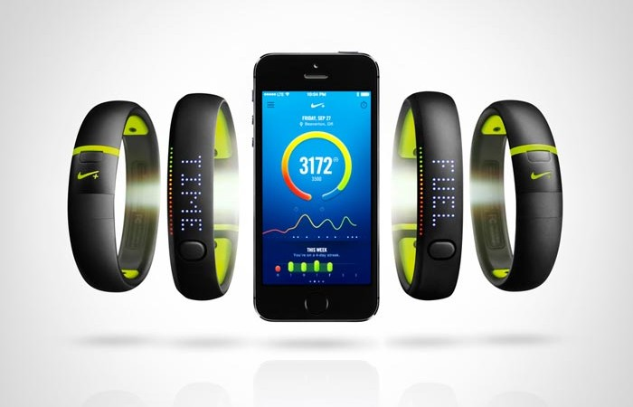 Nike+ Fuelband SE and mobile application