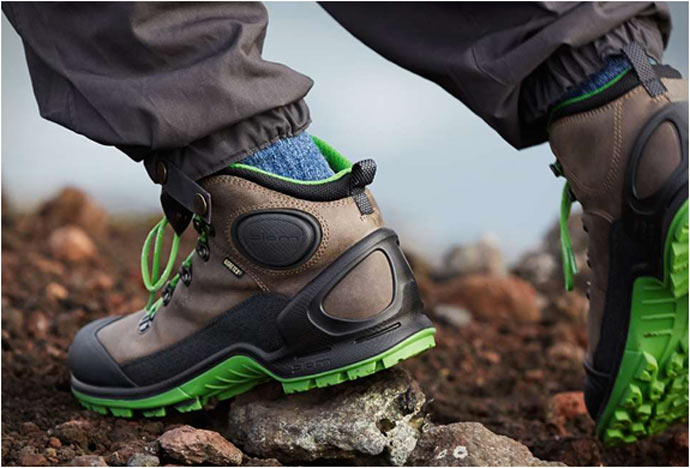 ECCO BIOM TERRAIN HIKING BOOTS with green soles
