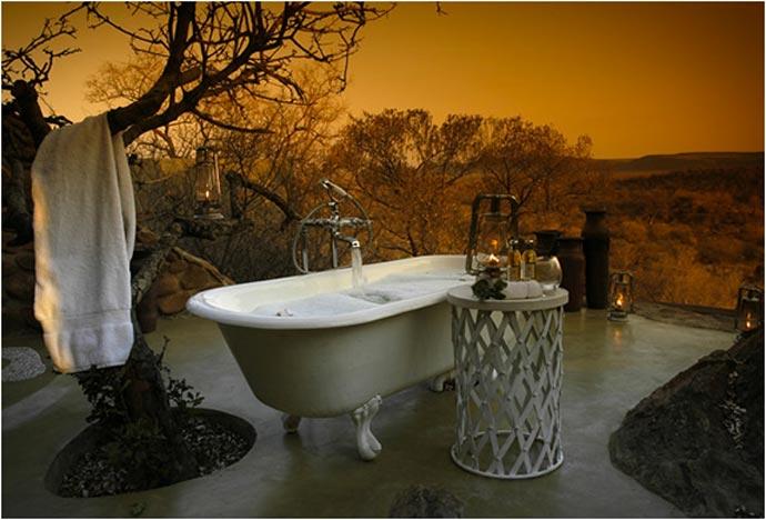 Bathtub outside at Leopard Hills