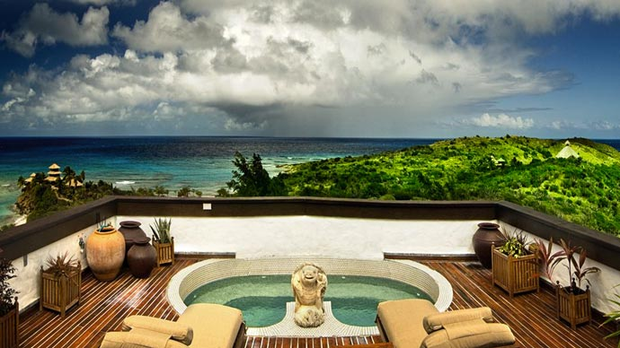 Jacuzzi with a view at Necker Island