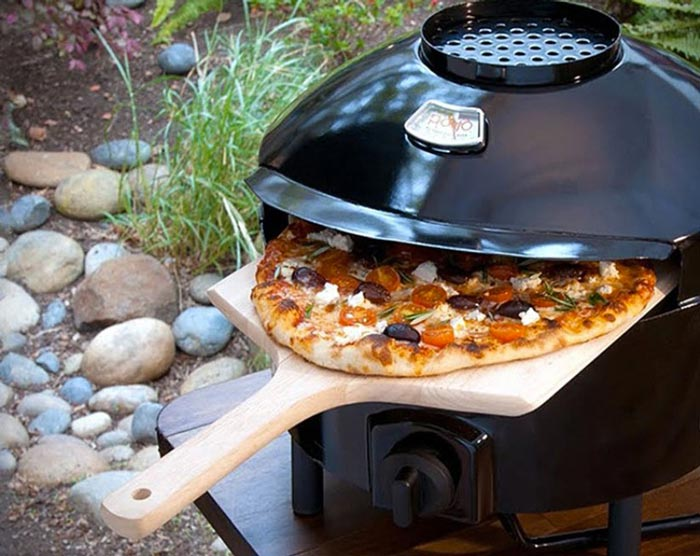 Pizza in the Pizzeria Pronto Outdoor Pizza Oven by Pizzacraft