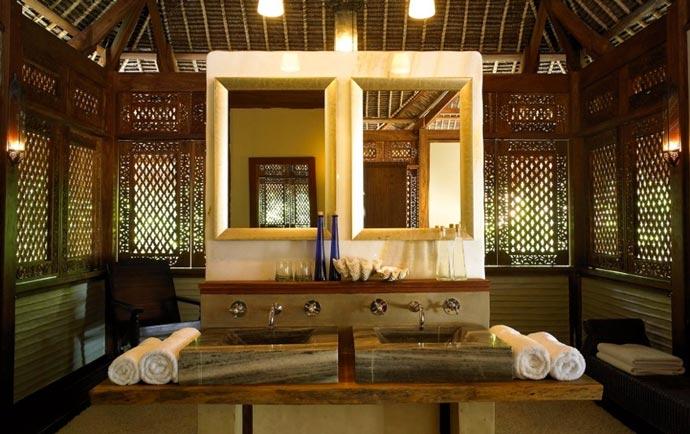 Bedroom decor at Vamizi Lodge Resort