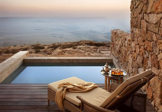 Hot tub and the view of the desert