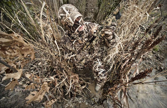 Realtree Camouflage Suit 7