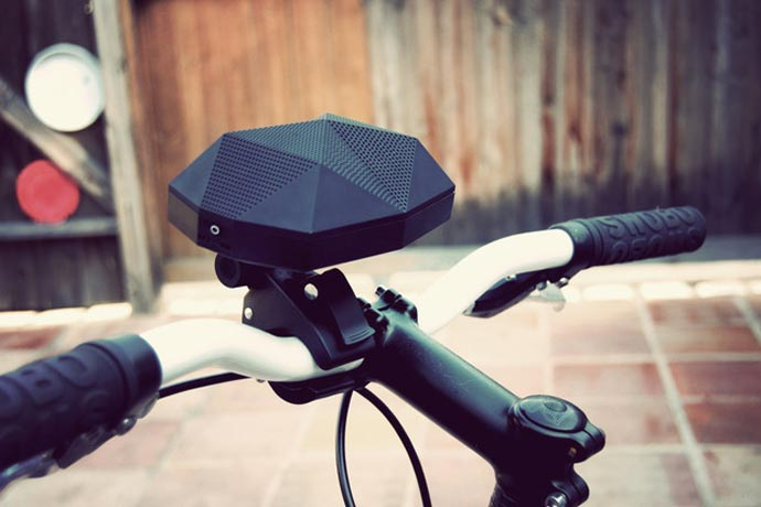 Turtle Shell Wireless BoomBox Speaker 1
