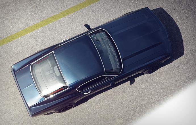 Top view of the Equus Bass 770