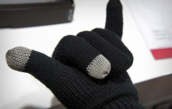 Black Hi-Call Bluetooth Talking Glove