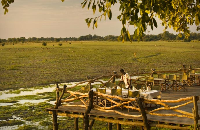 Restaurant at Kafunta River Lodge