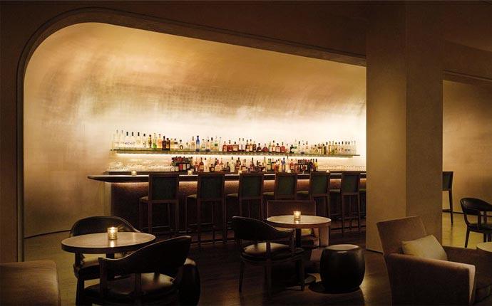 Public Chicago bar