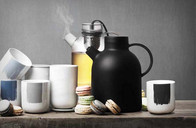 Thermo Kettle Jug by Menu
