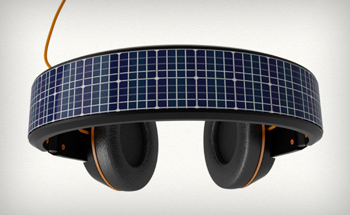 Solar powered headphone