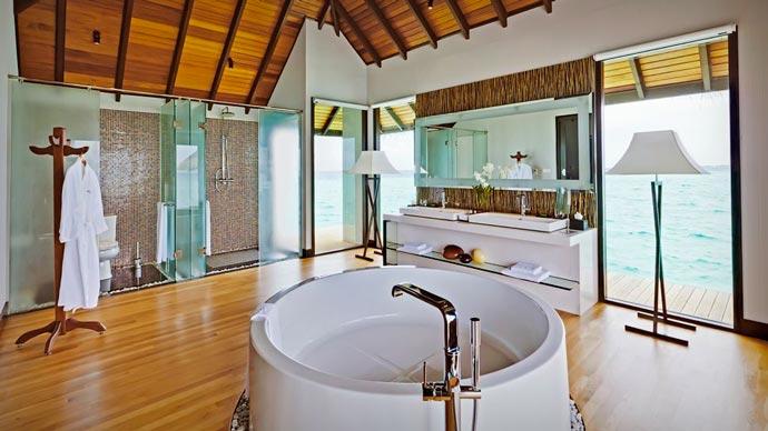 Bath at Velassaru Maldives