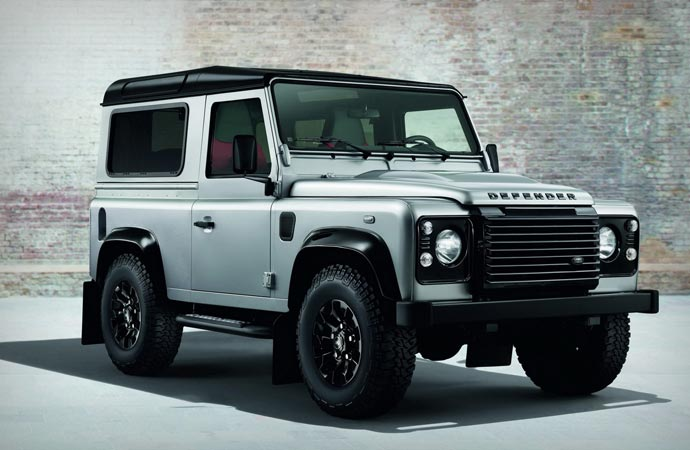 Land Rover Defender Silver Pack