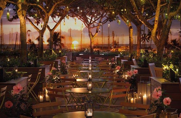 Restaurant at Modern Honolulu resort