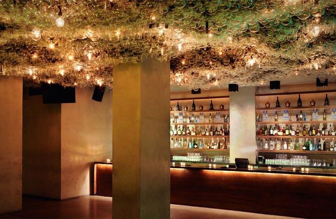 Bar at Modern Honolulu resort