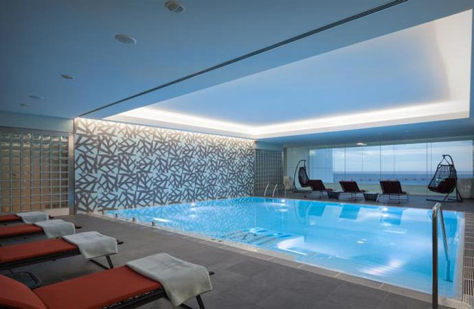Swimming pool at Myriad hotel in Lisbon