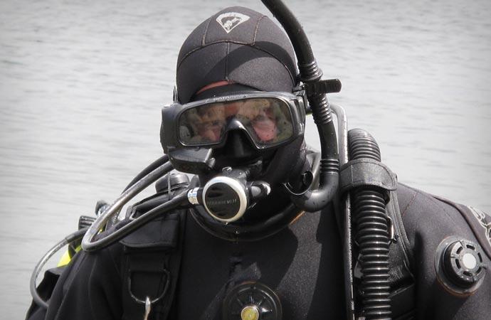 Professional scuba mask