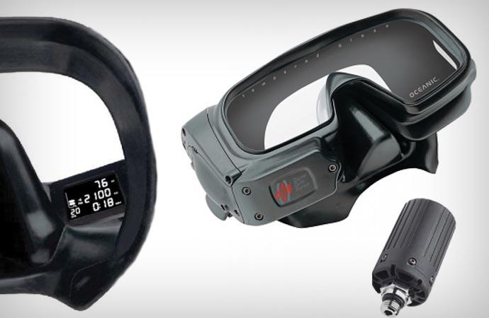 Computer integrated scuba mask