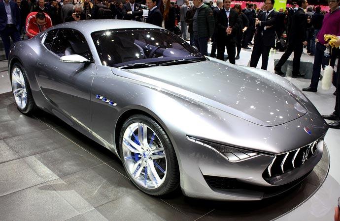 Who makes maserati cars