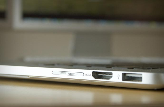 Nifty Minidrive storage for Macbook