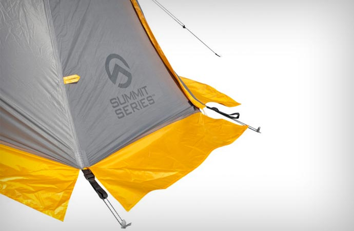 Summit series Assault 2 tent by North Face