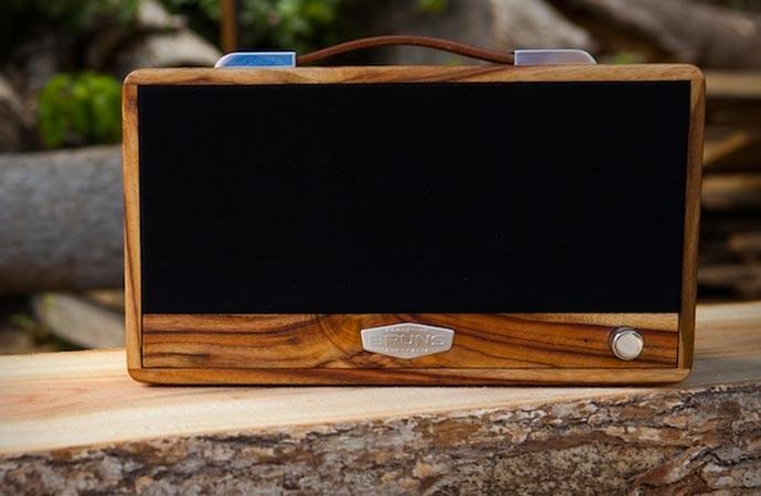 Wooden Bluetooth speaker by Bruns Acoustics