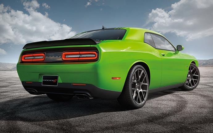 Sublime Green 2015 Dodge Challenger SRT Hellcat Spotted ...